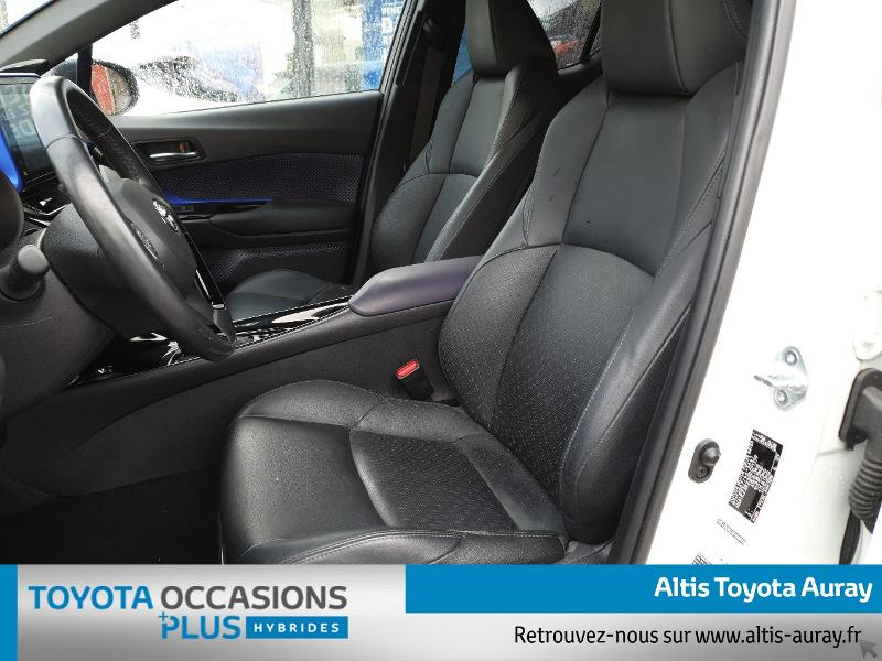 Photo 13 de l'offre de TOYOTA C-HR 122h Graphic 2WD E-CVT à 21990€ chez Altis - Toyota Auray