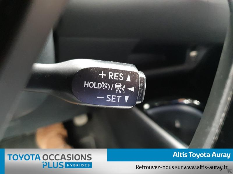 Photo 17 de l'offre de TOYOTA C-HR 122h Graphic 2WD E-CVT à 21990€ chez Altis - Toyota Auray