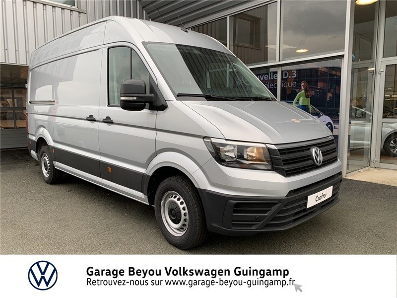 Volkswagen CRAFTER FOURGON 35 L3H3 2.0 TDI 140 CH Diesel Reflet d'Argent métal Occasion à vendre